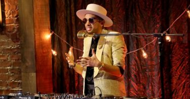 DJ Cassidy's Pass the Mic: BET Soul Train Edition