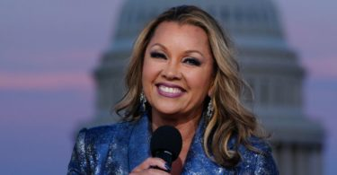 Conservatives Mad Over Vanessa Williams Performance