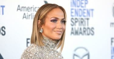 J-Lo Flaunts Bikini And Ben In Birthday Post